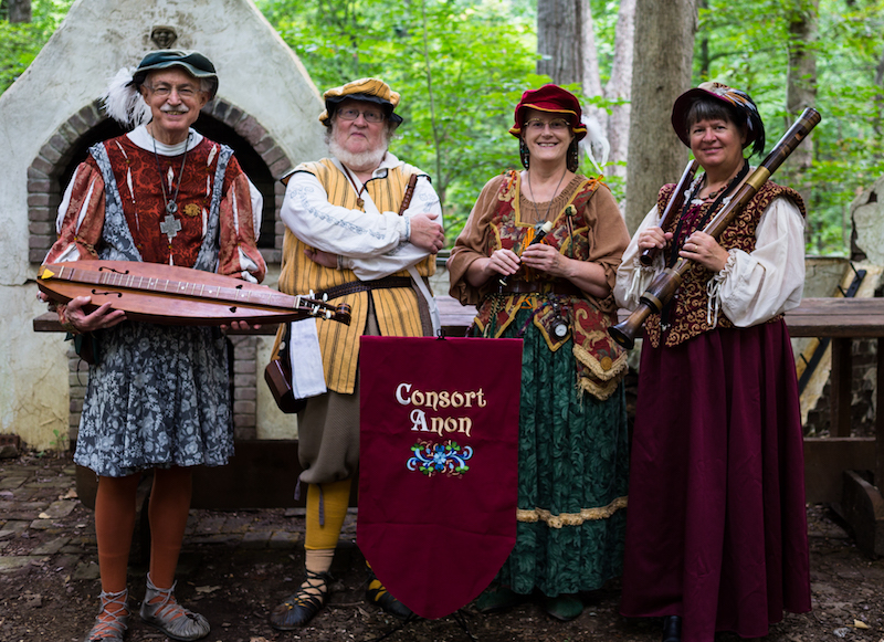 Consort Anon (Helen-Jean Talbott pictured far right)