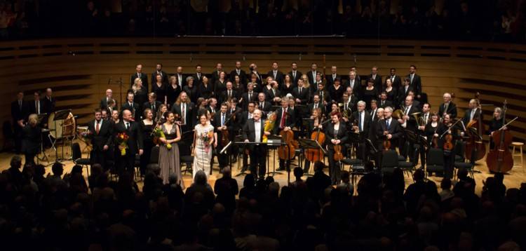 Tafelmusik Baroque Orchestra and Chamber Choir after performing Beethoven's Ninth Symphony under Bruno Weill. (Photo by Christina Gapic)