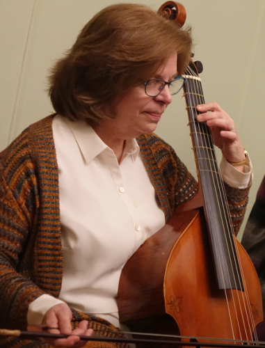 Viola da gamba player Holly Wright Maurer