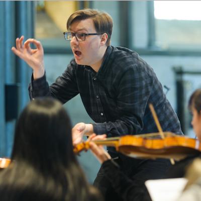 David Bates leads La Nuova Musica. (Ash Mills)