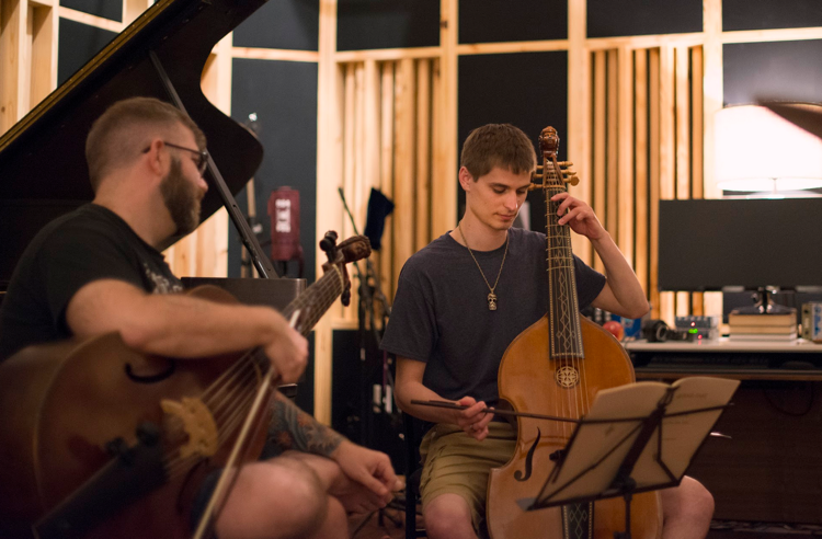 Josh Lee, left, instructs Colton Hodge during a residency in Jacksonville, Florida. (Photo by Ben Cooper)