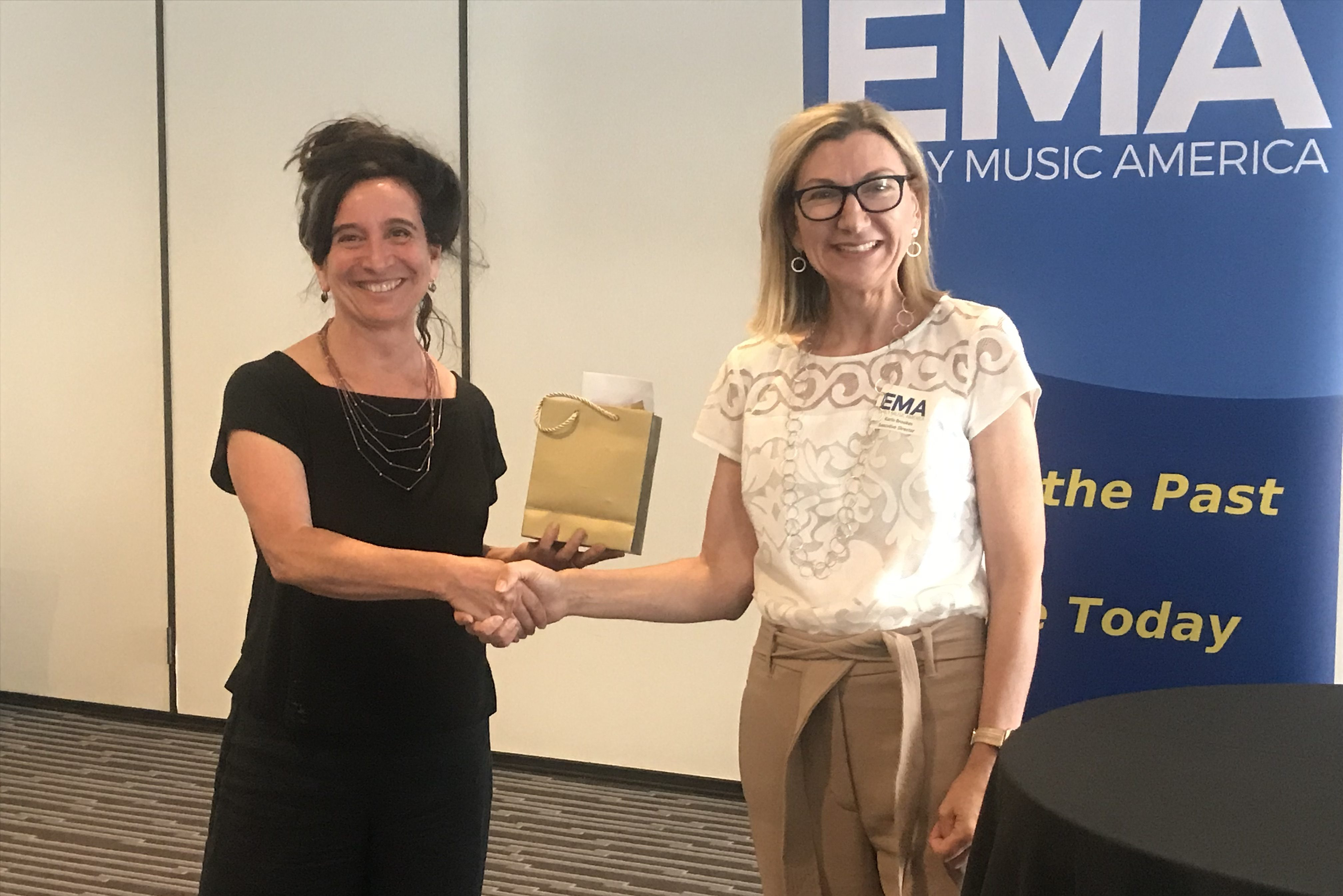 Nina Stern, S'Cool Sounds Presented With 2019 Goldberg Award » Early